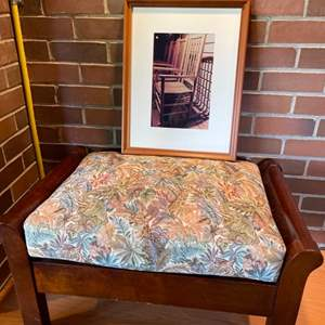 Lot # 247 - Hickory Furniture Padded Bench & Expectations Chair Picture