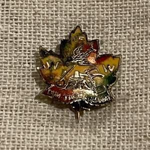 Lot #251 - Antique W of W Woodsmen of the World Dum Tacet Clamat Maple Leaf Pin
