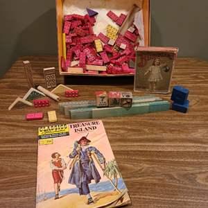 Lot # 333 - Vintage wooden Lego type Toys * 1910 Bubbler * 1949 Treasure Island