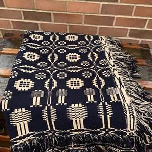 Lot # 336 - Gorgeous Hand Woven? Blanket * Navy & Cream