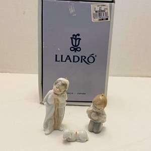 "Lot #182 - Lladro Mini ""Holy Shepherds"" Ornaments in Original Box"