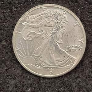 Lot 11 - 1/10th Troy oz .999 fine Silver Walking Liberty Eagle