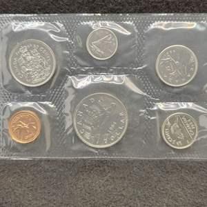 Lot 76 - 1984 Royal Canadian Mint Coin Set