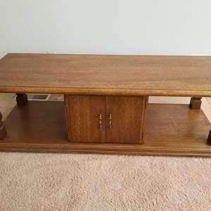 "Lot #MW8 - Vintage Solid Wood Oak Pass-Thru Center Storage Coffee Table 56"" x 22"" x 17.5"""