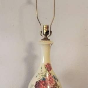Lot #MW32 - Lovely High Quality Porcelain Table Lamp Very Sturdy