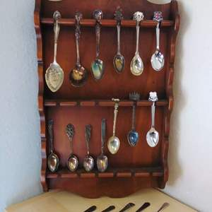 Lot #MW35 - Vintage Collector's Wood Spoon Rack with 20 Spoons & Other Pieces NICE!