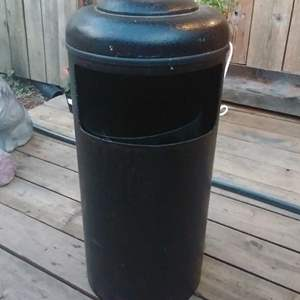 Lot #MW40 - Vintage Classic URBAN Garbage Can SO COOL for a patio or Man Cave