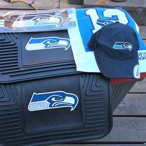 Lot #HW51 - Seahawks Variety Lot