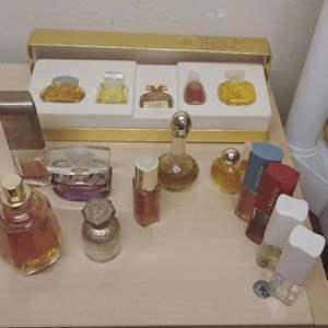 Lot #HW52 - Vintage Perfume Lot