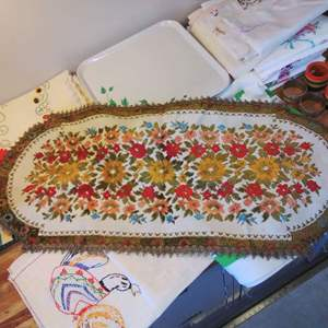 Lot #EL78 - Another Great Linens Lot of Clean Items