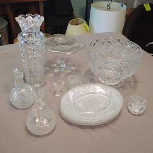 Lot #LH170 - Glass & Crystal Tableware Lot