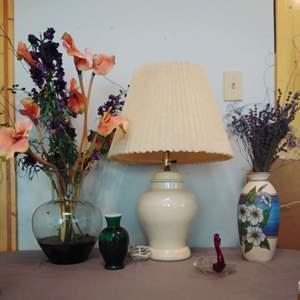 Lot #MW173 -Vtg Ginger Jar Lamp, Bouquets and more! Lahshmi Vase