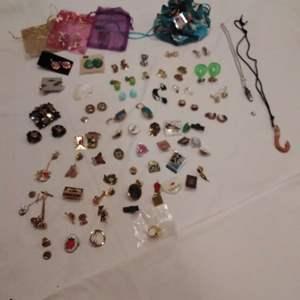 Lot #EL203 - Pinbacks Jewelry Lot