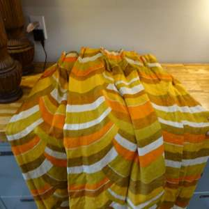 Lot #EL251 - 1970s Curtains ~ Groovy!