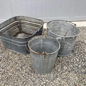Lot#-EL295- Vintage Galvanized Wash Tubs and Buckets!