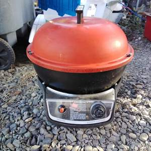 Lot #MW311 - NORDIC WARE Propane Grill with Cover ~ Works!