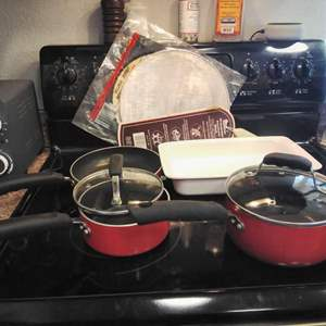 Lot #MW322 - Red Pots and Pans, Splatter Screens, Corning