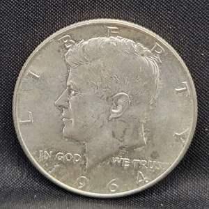 Lot 16 - 1964 SILVER Kennedy Half Dollar
