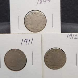 "Lot 33 - Three Liberty Head ""V"" Nickels, 1899, 1911, 1912"