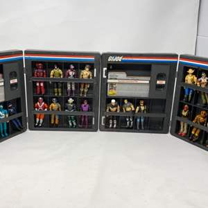 Lot #11 - 1982 G.I. Joe ARAH Official Collector Display Cases with 22 Vintage G.I. Joe Action Figures