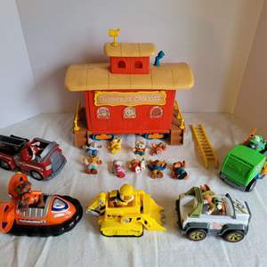 Lot #60 - Vintage 1984 Tomy Get Along Gang and Clubhouse Caboose Set and Paw Patrol Vehicles and Pups