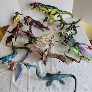 Lot #78 - Vintage 1990's Jurassic Park Action Figures