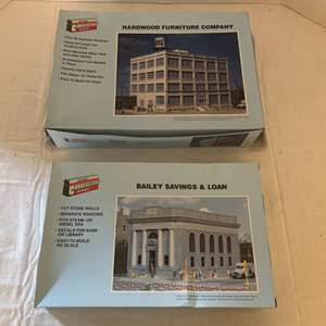 Lot #127 - Walthers Cornerstone Series Bailey Savings & Loan and Hardwood Furniture Company Kits