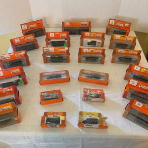 Lot #148 - Roco Mini Tanks, HO Scale, New in Package