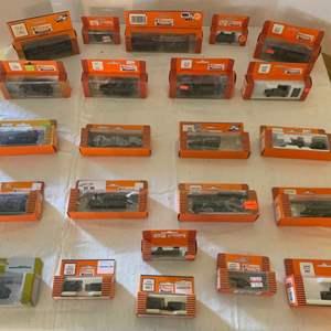 Lot #149 - Group of HO Scale Roco Mini Train Tanks, NIB