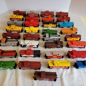 Lot #196 - HO Scale Plastic Cabooses, a Few are Tyco