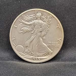 Lot 15 - 1935 SILVER Walking Liberty Half-Dollar