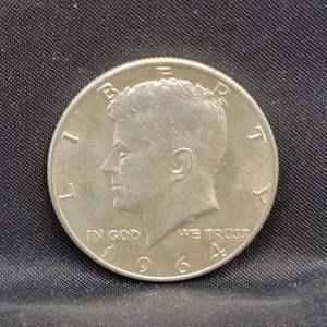 Lot 19 - 1964 UNC SILVER Kennedy Half-Dollar