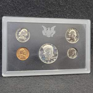 Lot 21 - 1968-S United States Proof Set including SILVER Kennedy Half