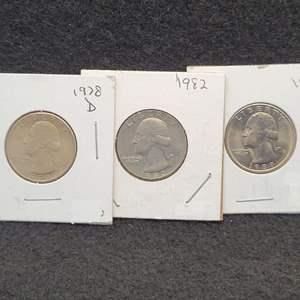 Lot 29 - 1978-D UNC, 1982 AU+ or (UNC weak strike), 1989-D UNC Set of Three Washington Quarter Dollars