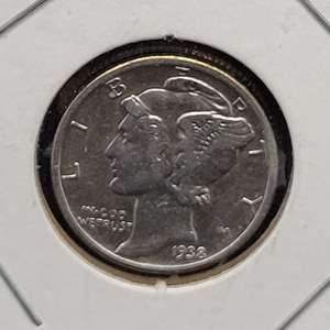 "Lot 34 - 1938  Mercury Dime ""Winged Liberty Head"""