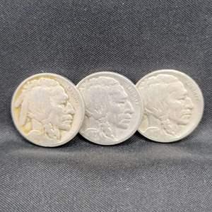 Lot 45 - 1920's era Buffalo Nickels collection of three