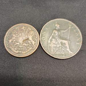 Lot 70 - 1825 East India Company Quarter Anna, FIRST YEAR ISSUE; 1899 British Penny