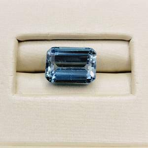 Lot 79 - 5.02ct Blue Topaz Emerald Faceted Cut Gemstone for Jewelry Making