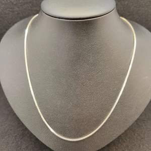 """Lot 86 - Vintage Sterling Silver Box Chain, 18"""", 925"""