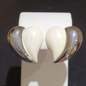 Lot 89 - Vintage Sterling Silver and IVORY Clip on Earrings @ 25 X 30mm each