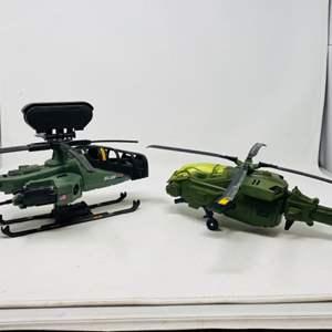 Lot #15 - G.I. Joe '09 Rise of Cobra Dragonhawk XH-1 and Vintage 1994 Razor Blade Helicopter