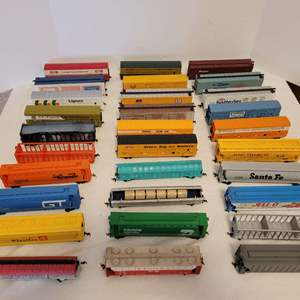Lot #21 -  Large Selection of HO Scale Railroad Cars & Trailers