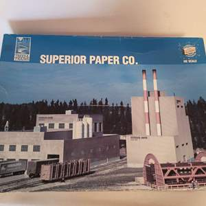 Lot #30 -  Walthers 65th Anniversary Cornerstone Superior Paper Co. HO Scale Train Model Kit