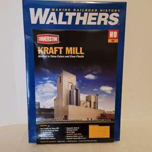 Lot #32 - Walthers Cornerstone Kraft Mill Train Modeling Kit HO Scale