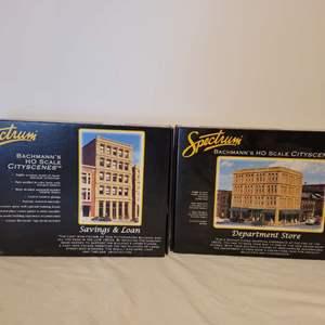 Lot #34 -  Spectrum Department Store Bachmann's HO Scale City Scenes