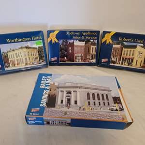 Lot #38 - Walthers Worthington Hotel, Midtown Appliance Sales & Service, Robert's Used Books & Bailey Savings & Loan