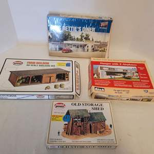 Lot #42 -  Train Model Hanger with 2 Airplanes, Model Power Farm Building & Storage Shed and Walthers Miss Betty' Diners