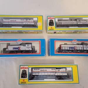 Lot #98 -  HO Scale Trains, Atlas GP-7 Diesel, RS-1 Diesel, Amtrak, Model Power, Yard Switcher, EMD SW1 Loko
