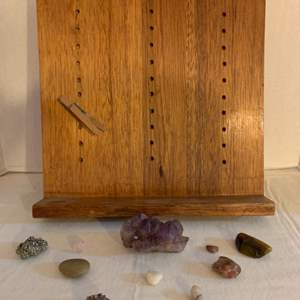 Lot #132 - Selection of Agates, Amethyst, Shells and Home Fashioned Wood Display Board