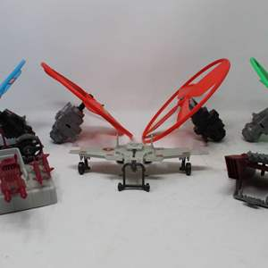 Lot #165 - G. I. JOE Copter Parts, ARAH Cobra C.L.A.W. Aerial Vehicle and'883 Cobra Jet Pack